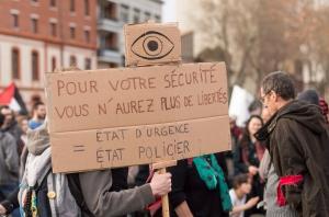 Toulouse_contre_l'état_d'urgence-0449